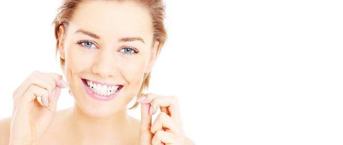 Профессиональная чистка зубов в москве